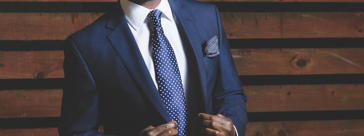 Quelles cravates vont vous aller à coup sûr?